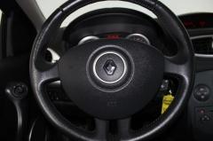 Renault-Clio-14